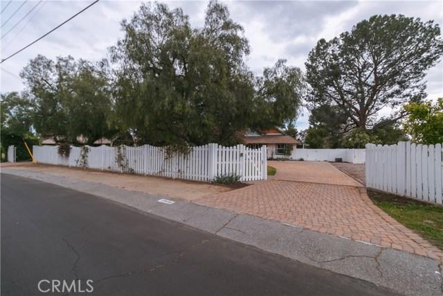 Photo of 23140 Calvert Street, Woodland Hills, CA 91367