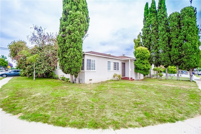 11502 Old River School Road, Downey, California 90241, 3 Bedrooms Bedrooms, ,1 BathroomBathrooms,Residential,For Sale,Old River School,SR19141431