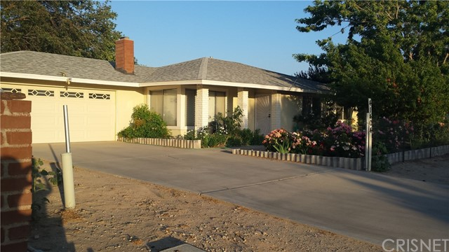 Single Family Home for Sale at 41404 159th Street Lake Los Angeles, California 93535 United States