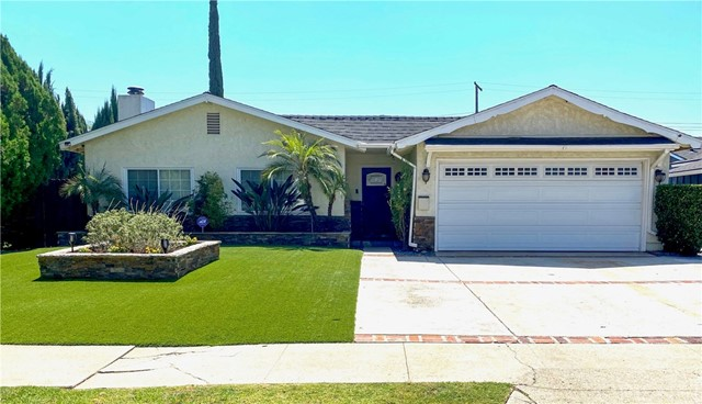 Photo of 23446 Haynes Street, West Hills, CA 91307