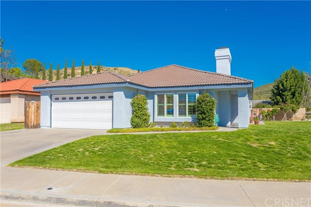 Property for sale at 28010 Damar Court, Canyon Country,  CA 91351