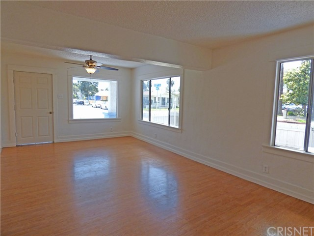 1103 E 20th St, Long Beach, CA 90806 Photo 3