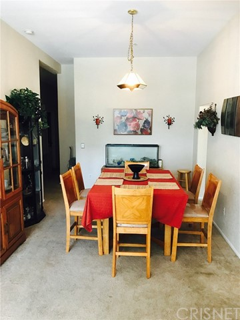 18113 Newvale Drive, Lake Hughes CA: http://media.crmls.org/mediascn/2a8b5d8c-75c5-437d-855b-82fc89ce3e5b.jpg