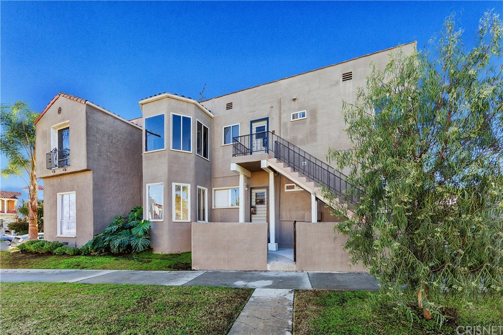 Property for sale at 1103 SOUTH HAYWORTH AVENUE, Los Angeles,  CA 90035