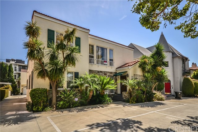 Duplex for Rent at 6202 W 6th Street 6202 W 6th Street Los Angeles, California 90048 United States