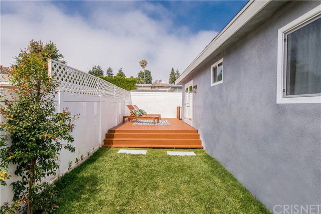 1776 Voorhees Ave, Manhattan Beach, CA 90266 photo 39