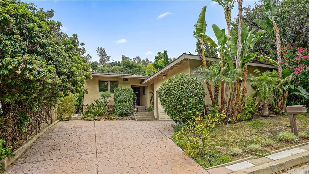 Photo of 4030 BEVERLY GLEN BOULEVARD, Sherman Oaks, CA 91423