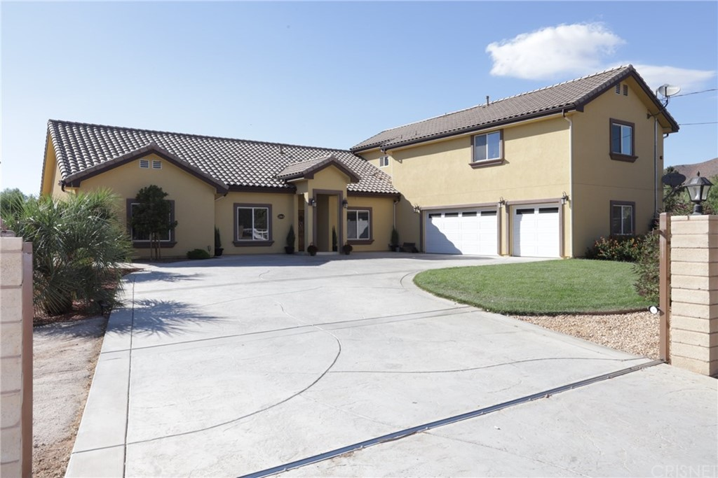 Photo of 32845 CROWN VALLEY ROAD, Acton, CA 93510