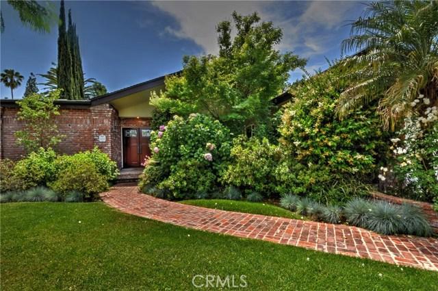 Single Family Home for Rent at 23338 Los Encinos 23338 Los Encinos Woodland Hills, California 91367 United States