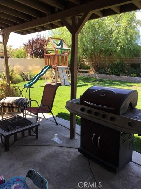 38127 Versailles Street, Palmdale CA: http://media.crmls.org/mediascn/2bc2a5a5-7989-4e0b-b5ae-1aea489dd823.jpg