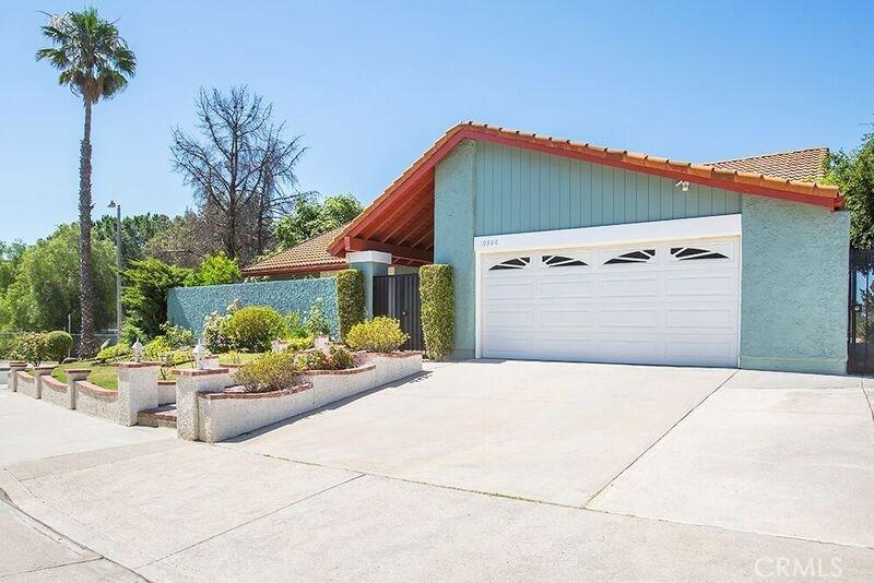 19300 PAUMA VALLEY Drive, PORTER RANCH, CA 91326