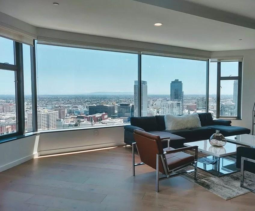 801 S Grand Avenue, Los Angeles CA: http://media.crmls.org/mediascn/2bf40459-060f-44fc-947a-1aed4f31929b.jpg