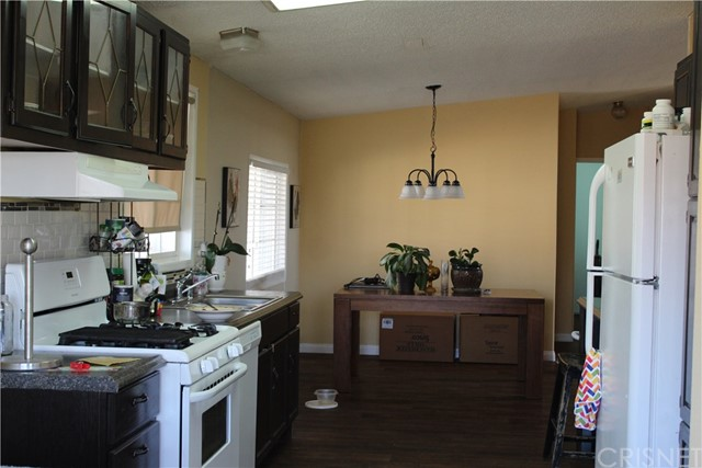 30000 SAND CANYON Road, Canyon Country CA: http://media.crmls.org/mediascn/2c4aa0ec-84a8-4534-9e24-d37182c63ae1.jpg