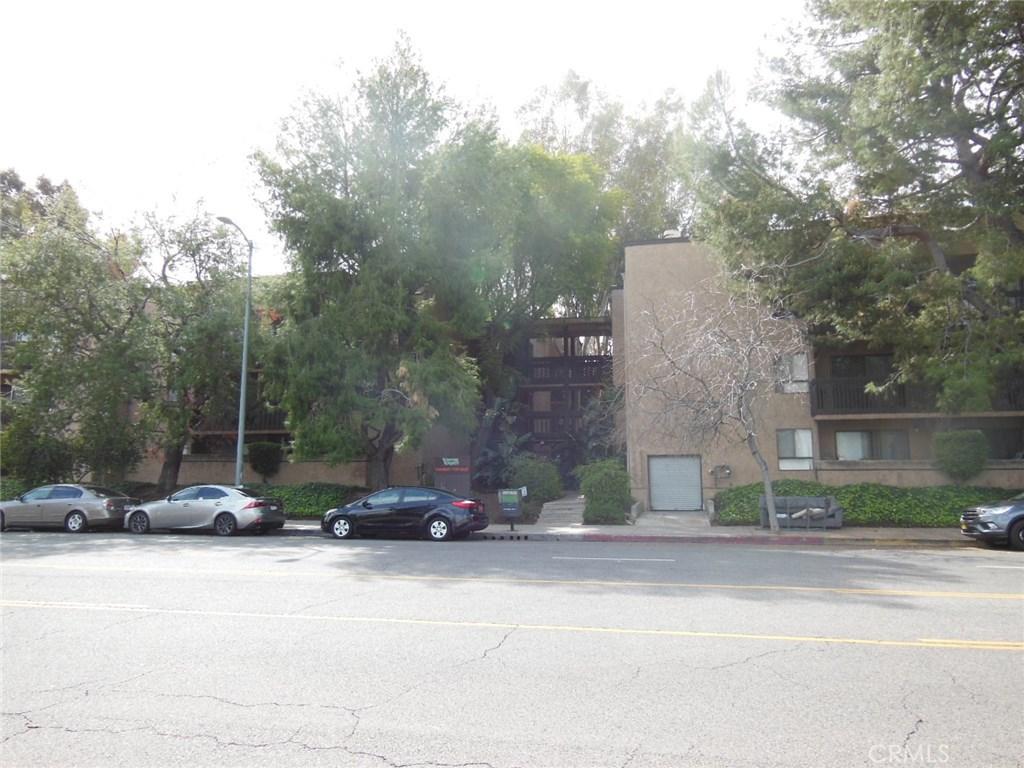 Photo of 22100 Burbank Boulevard #365G, Woodland Hills, CA 91367