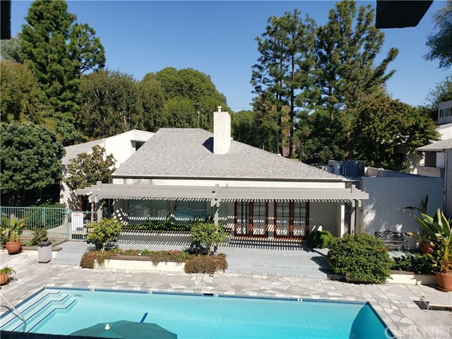 20134 Leadwell Street, 245, Winnetka, CA 91306