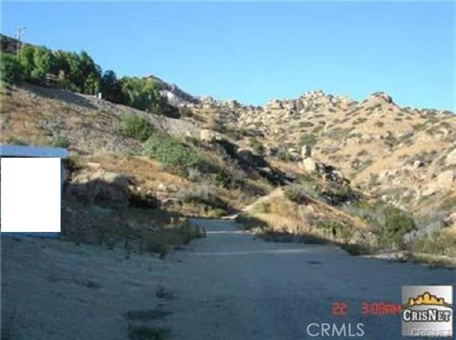 160 Dennis Way, Chatsworth CA: http://media.crmls.org/mediascn/2c739045-d5b7-4876-9618-29dba707124e.jpg