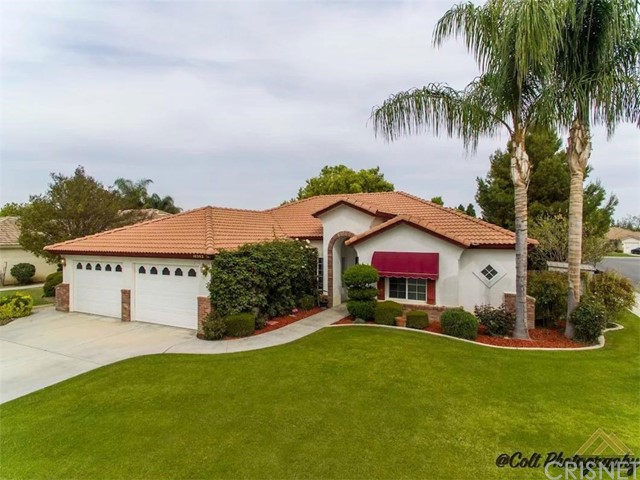 Single Family Home for Sale at 10502 Mersham Hill Drive Bakersfield, California 93311 United States