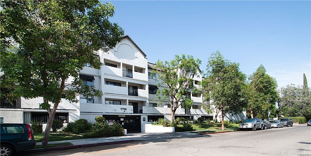 Photo of 17735 KINZIE STREET #209, Northridge, CA 91325