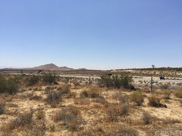 14 Fwy. North of Reed Avenue, Rosamond CA: http://media.crmls.org/mediascn/2c9054ce-b3a5-49cc-b927-fec8a77a3539.jpg