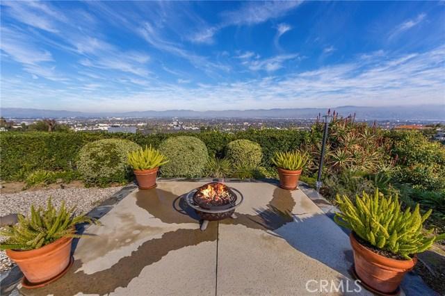 3738 Glenridge Drive, Sherman Oaks CA: http://media.crmls.org/mediascn/2d1583c9-9e04-443e-af61-d1646f0977d3.jpg