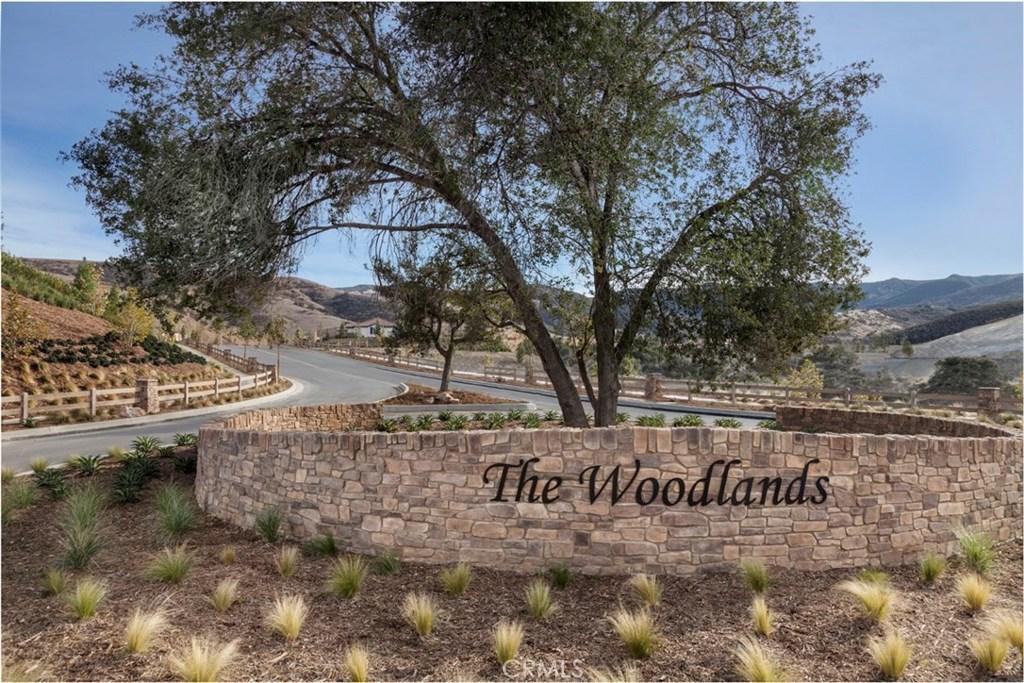 453 White Bark Lane, Simi Valley, CA 93065