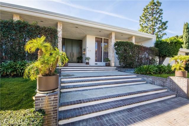 Single Family Home for Sale at 20360 Delita Drive 20360 Delita Drive Woodland Hills, California 91364 United States