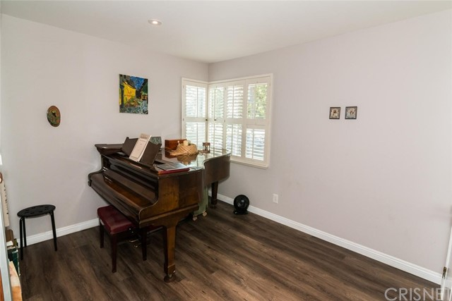 23019 Gilmore Street West Hills, CA 91307 - MLS #: SR18193315