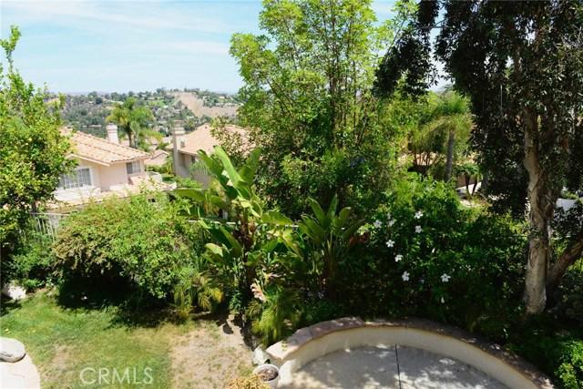 3642 Calle Canon, Calabasas CA: http://media.crmls.org/mediascn/2dd907ad-04e5-49a6-8a11-c0327b592e1a.jpg