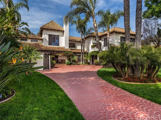 Photo of 4739 Westchester Drive, Woodland Hills, CA 91364
