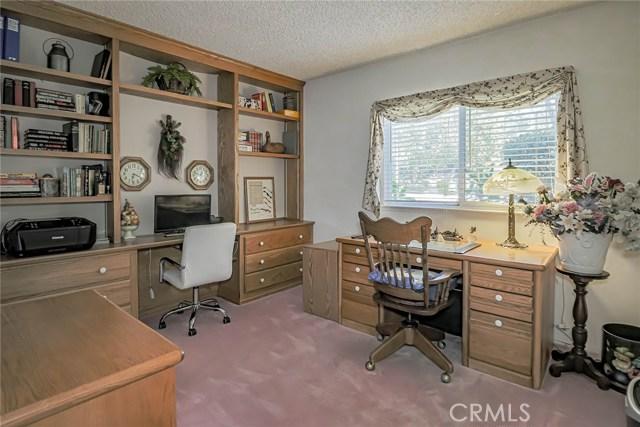 20431 Germain Street, Chatsworth CA: http://media.crmls.org/mediascn/2dfa11ac-ddd7-4fa4-a557-bed4424d5e88.jpg