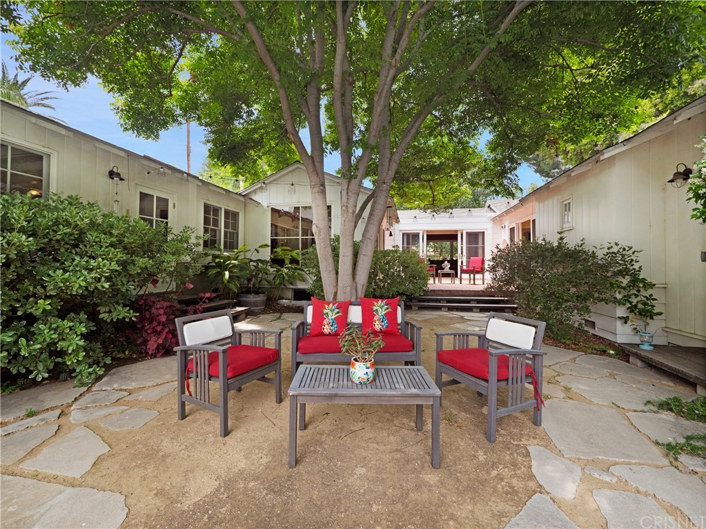 Photo of 5140 AMIGO AVENUE, Tarzana, CA 91356