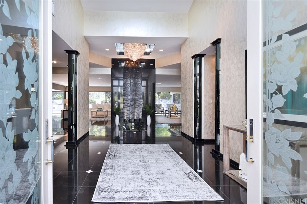 Photo of 3187 OAKDELL ROAD, Studio City, CA 91604