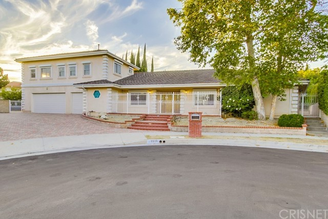 9539 Babbitt Avenue Northridge, CA 91325 - MLS #: SR17162456