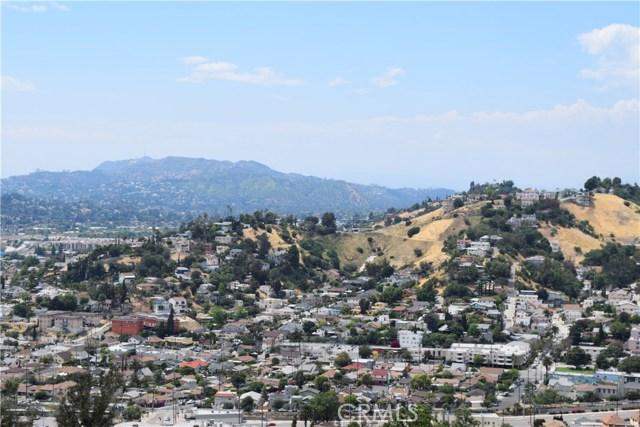 382 Elreno Street, Montecito Heights CA: http://media.crmls.org/mediascn/2f0cff50-2785-4715-9eb9-75b8ca0bcacc.jpg