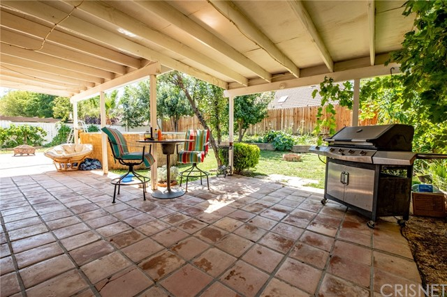 564 Conifer Drive, Palmdale CA: http://media.crmls.org/mediascn/2f3ea1a4-9c1f-4073-9735-c5f71d378370.jpg