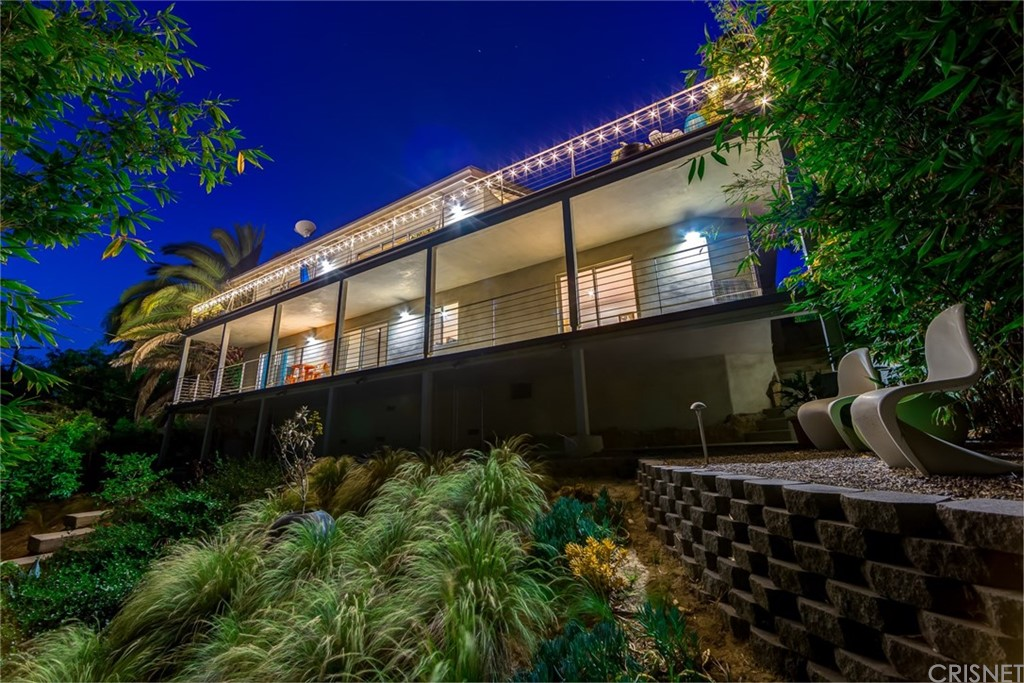 Photo of 3394 CHARLESTON WAY, Hollywood Hills, CA 90068
