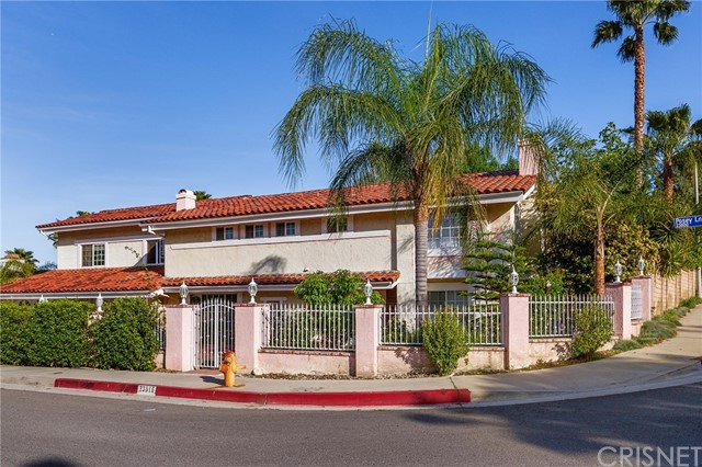 Single Family Home for Sale at 23816 Posey Lane West Hills, California 91304 United States