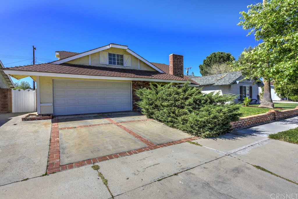 Property for sale at 19620 Babington Street, Canyon Country,  CA 91351