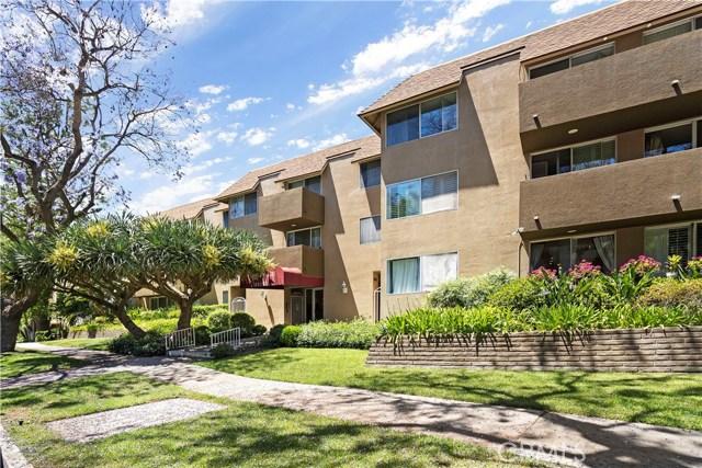Photo of 14141 Dickens Street #313, Sherman Oaks, CA 91423
