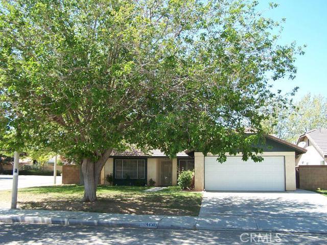 44303 Lively Avenue Lancaster CA  93536