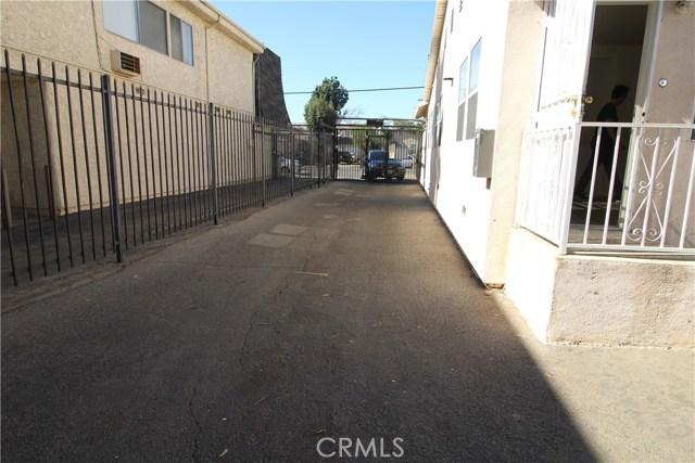 6318 Hazeltine Avenue Van Nuys, CA 91401 - MLS #: SR18026399