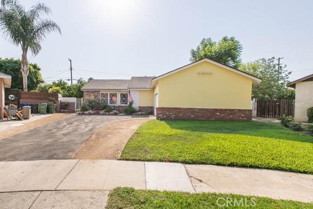 20619 Cohasset Street, Winnetka CA: http://media.crmls.org/mediascn/31462ecc-6221-4799-84b3-ab27e575fe99.jpg