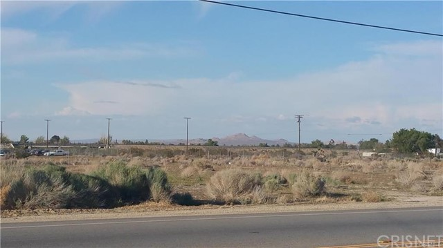 Fantastic piece of land! Approximately, 2.33 Acres. Title lists as Residential Acreage. Has electric and water hook-ups, buyer to verify. Shopping center nearby. Just 20 minutes outside of Acton. Great opportunity!
