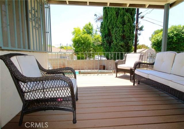 20258 Gifford Street Winnetka, CA 91306 - MLS #: SR18139862