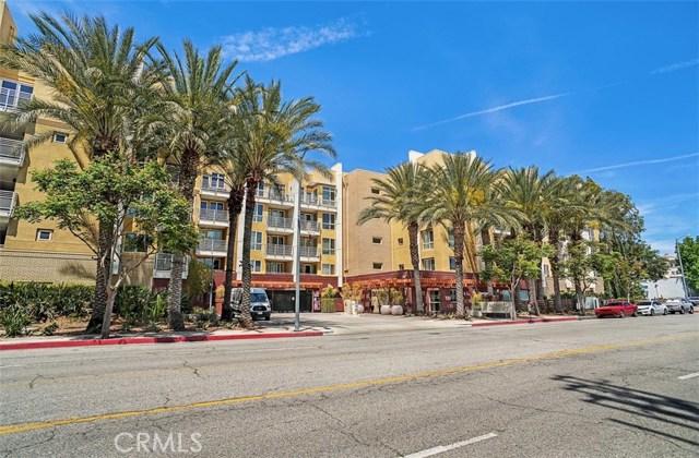 Photo of 21301 Erwin Street #224, Woodland Hills, CA 91367