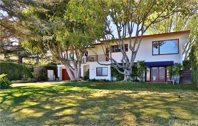 3848 Sunswept Drive, Studio City, CA 91604