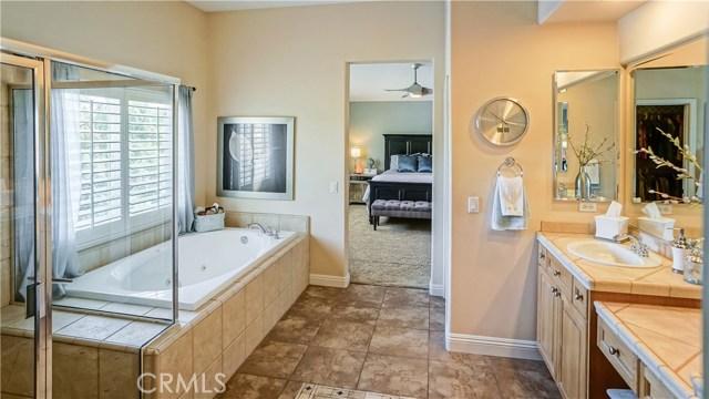 25938 Pope Place, Stevenson Ranch CA: http://media.crmls.org/mediascn/31f2f0ab-9df5-43a3-957e-9803341c90ce.jpg