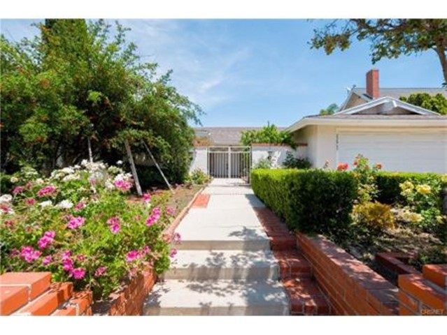 22865 Paul Revere Drive, Calabasas, CA 91302