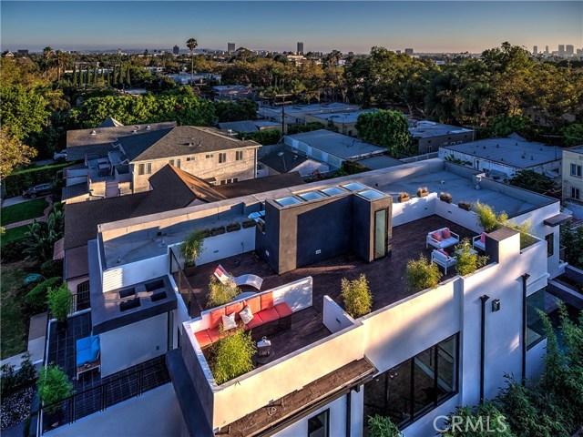 823 N Mansfield Avenue, Hollywood CA: http://media.crmls.org/mediascn/323dc98f-828e-4595-8655-e9de60d4492d.jpg