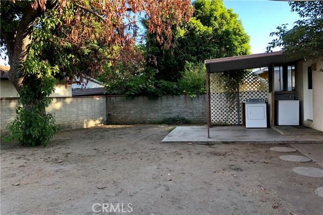 8528 Tilden Avenue, Panorama City CA: http://media.crmls.org/mediascn/328c56f4-46d4-482b-a586-d1c084728f2f.jpg